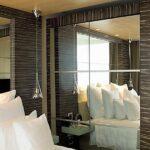 Ανακατασκευασμένοι καπλαμάδες TABU - Δωμάτιο Ξενοδοχείου σε συνδιασμό με καθρέπτες